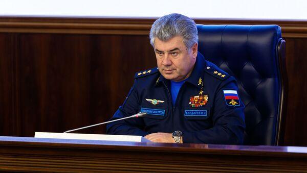 Główny dowódca Sił Powietrzno-Kosmicznych generał-pułkownik Wiktor Bondarew - Sputnik Polska