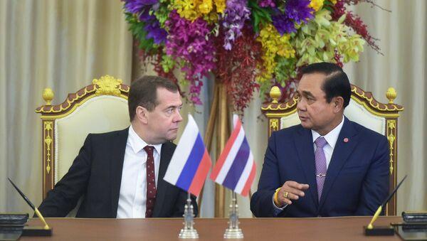 Oficjalna wizyta premiera Dmitrija Miedwiediewa w Tajlandii - Sputnik Polska