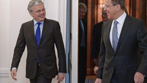 Spotkanie szefów MSZ Rosji i Belgii Siergieja Ławrowa i Didiera Reyndersa - Sputnik Polska