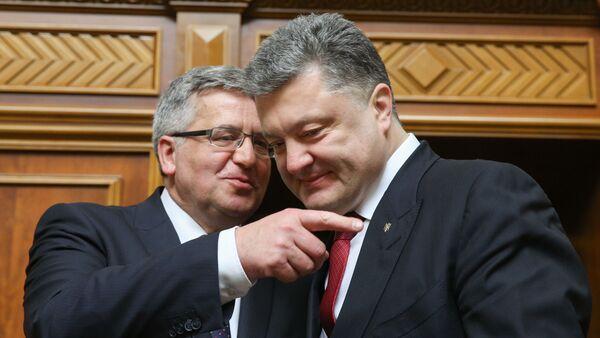 Prezydent Ukrainy Piotr Poroszenko i prezydent Polski Bronisław Komorowski podczas posiedzenia Rady Najwyższej Ukrainy, 9 kwietnia 2015 - Sputnik Polska