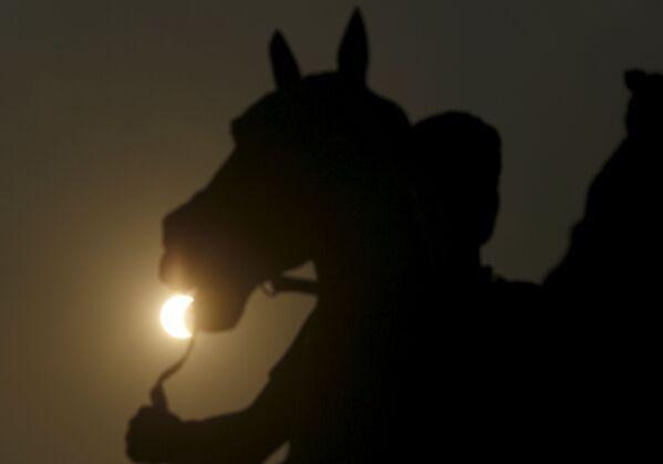 Zaćmienie słońca w Phnom Penh - Sputnik Polska