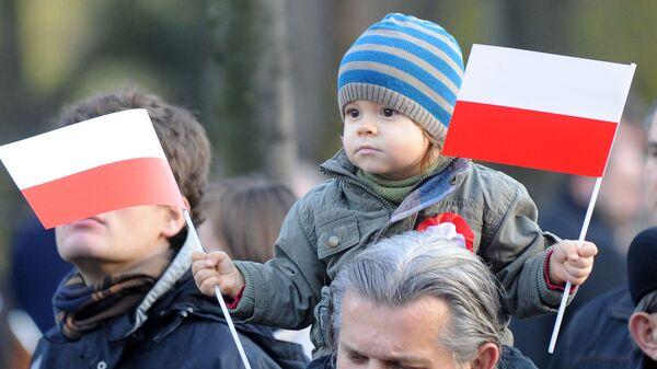 Polacy na obchodach Święta Niepodległości - Sputnik Polska