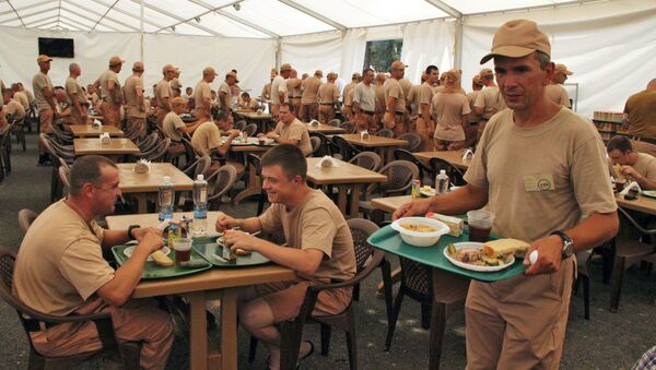 Rosyjscy wojskowi w bazie Hmeimim w Syrii - Sputnik Polska