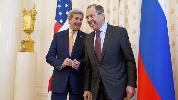Sekretarz stanu Stanów Zjednoczonych John Kerry i minister spraw zagranicznych Rosji Siergiej Ławrow - Sputnik Polska
