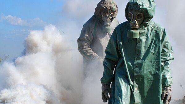 Ćwiczenia w zakresie ochrony przed skażeniem chemicznym i jądrowym - Sputnik Polska
