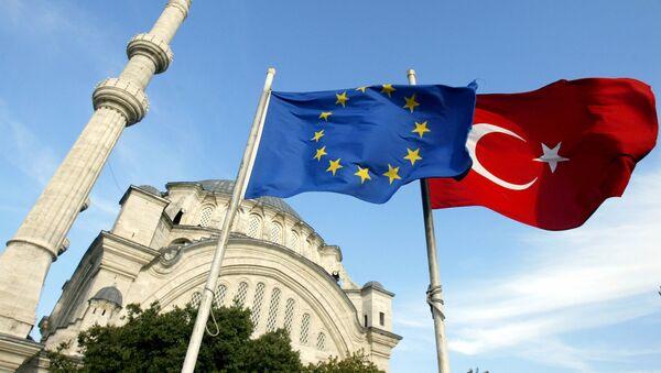 Flagi UE i Turcji - Sputnik Polska