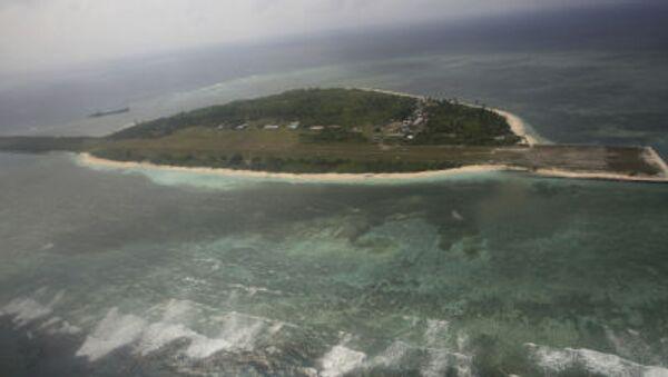Sporna wyspa na Morzu Południowochińskim u brzegów Filipin - Sputnik Polska
