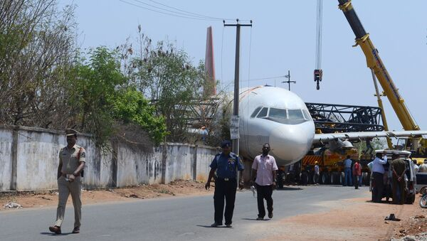 Incydent na lotnisku Begumpet w stanie Telangana w południowo-wschodnich Indiach - Sputnik Polska