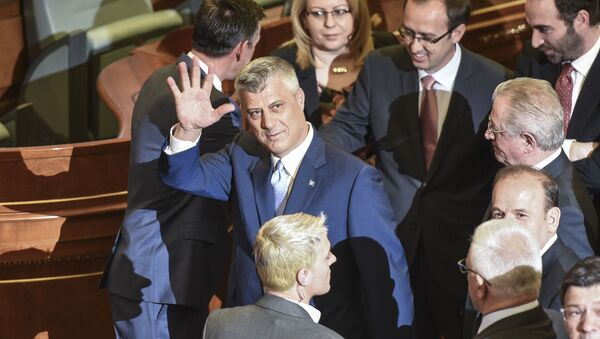 Prezydent Republiki Kosowa Hashim Thaçi w kosowskim parlamencie po zaprzysiężeniu - Sputnik Polska