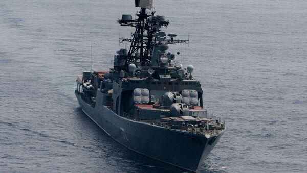 Duży okręt do zwalczania łodzi podwodnych Admirał Winogradow podczas ćwiczeń wojenno-morskich na Morzu Japońskim - Sputnik Polska