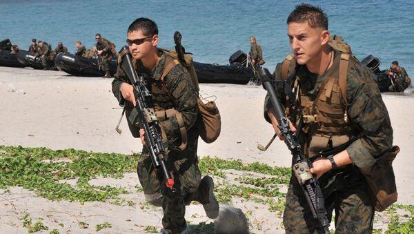 Amerykańscy żołnierze podczas ćwiczeń na wyspie Manila, Filipiny - Sputnik Polska