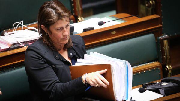 Minister transportu Belgii Jacqueline Galant - Sputnik Polska