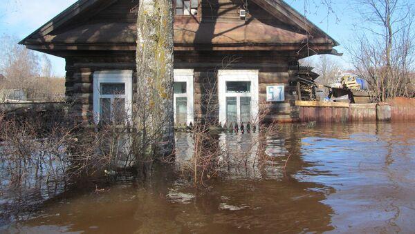 Powódź w Wielkim Ustiugie - Sputnik Polska
