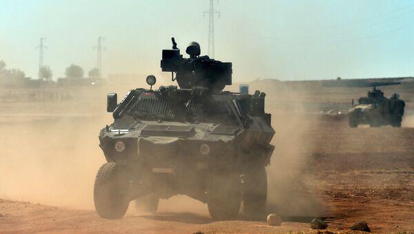 Turecka armia na syryjskiej granicy - Sputnik Polska