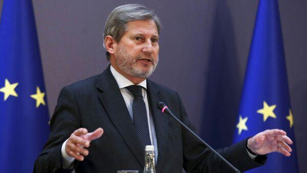 Komisarz UE ds. polityki sąsiedztwa i negocjacji dotyczących rozszerzenia Johannes Hahn - Sputnik Polska