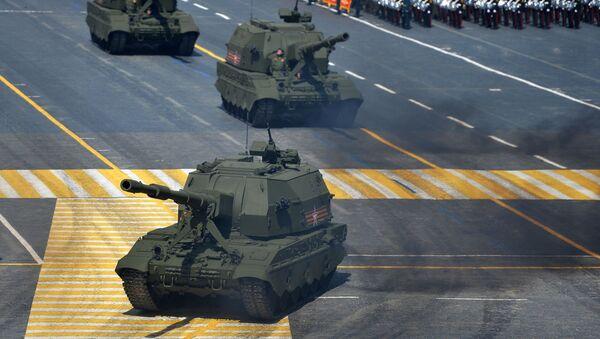 Haubice Koalicja-SW podczas Defilady Zwycięstwa na Placu Czerwonym - Sputnik Polska
