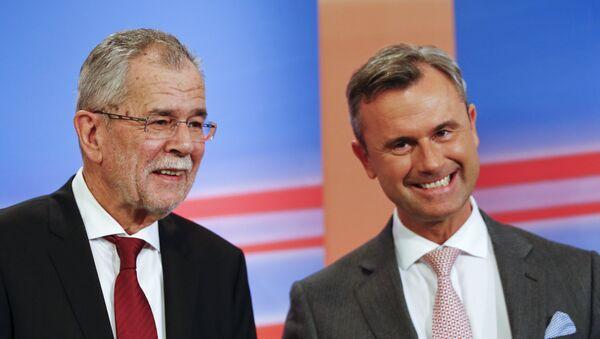 Kandydaci na prezydenta Norbert Hofer (po prawej) i Alexander Van der Bellen (po lewej) - Sputnik Polska