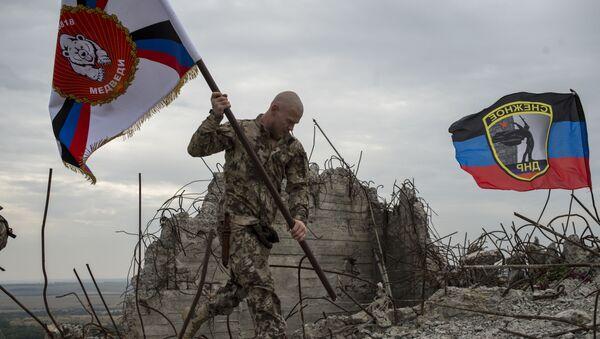 Uroczystości na szczycie Sawur-Mohyła z okazji 72. rocznicy wyzwolenia Donbasu spod okupacji niemieckiej - Sputnik Polska
