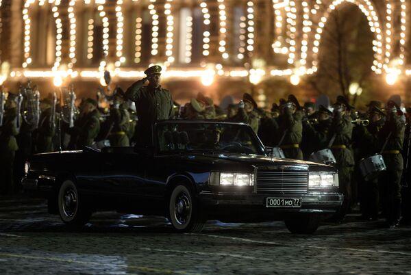 Samochód ministra obrony Rosji, którym będzie się on przemieszczać po Placu Czerwonym podczas parady 9 maja. - Sputnik Polska