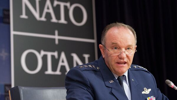 Dowódca sił NATO w Europie gen. Philip Breedlove - Sputnik Polska