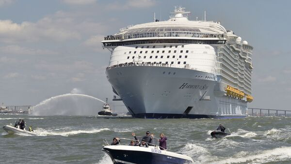 Łódź obrała kurs na Southampton (Wielka Brytania), gdzie przyjmie na pokład pierwszych pasażerów. Później statek odprawi się do Barcelony, skąd rozpocznie swój pierwszy rejs po Morzu Śródziemnym. - Sputnik Polska