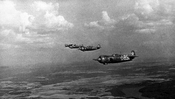 Wielka Wojna Ojczyźniana 1941-1945: w niebie myśliwce rosyjskie - Sputnik Polska