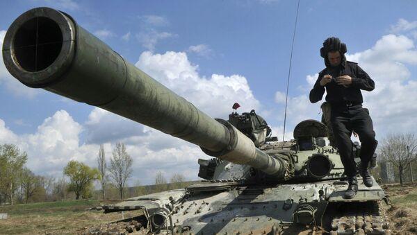 Źródło: koncentracja ukraińskich czołgów na granicy z Krymem - Sputnik Polska