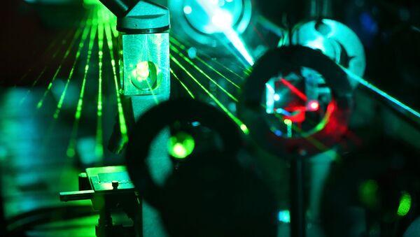 laser - Sputnik Polska