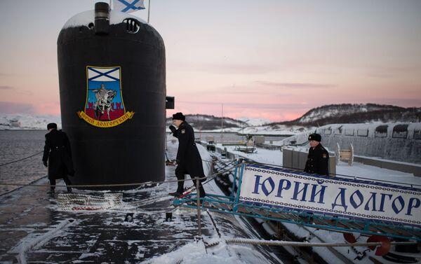 """10 stycznia 2013 roku na służbę w 31. dywizji okrętów podwodnych Floty Północnej trafił okręt podwodny o napędzie atomowym typu Borei """"Jurij Dołgoruki"""". Jednostka jest głównym okrętem projektu Borei, którą nazwano na cześć założyciela Moskwy. - Sputnik Polska"""