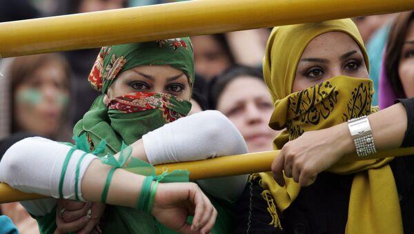 Irańskie kobiety na mitingu - Sputnik Polska