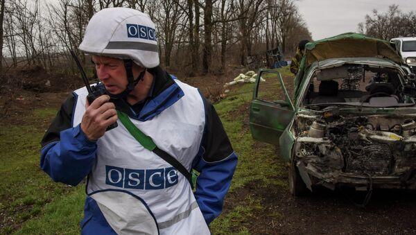 Obserwator OBWE w Szyrokino na Ukrainie - Sputnik Polska