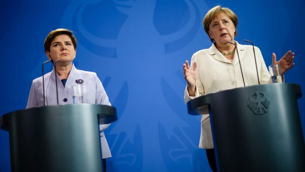 Premier Polska Beata Szydło i kanclerz Niemiec Angela Merkel - Sputnik Polska