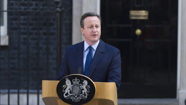 Cameron informuje o zamiarze ustąpienia ze stanowiska w październiku w związku z Brexitem. - Sputnik Polska