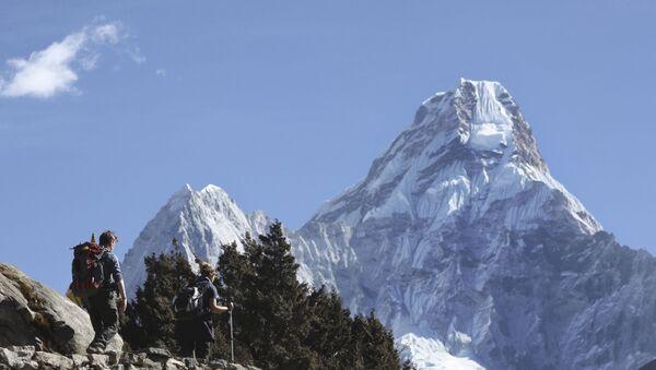 Mount Everest w Nepalu - Sputnik Polska