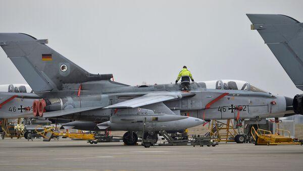 Niemiecki samolot wojskowy w bazie lotniczej Incirlik w Turcji - Sputnik Polska