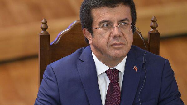 Turecki minister gospodarki Nihat Zeybekci - Sputnik Polska