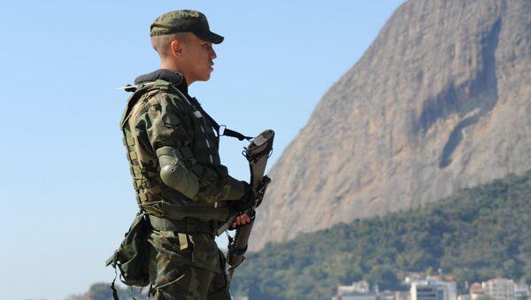 Policja w Rio de Janeiro - Sputnik Polska