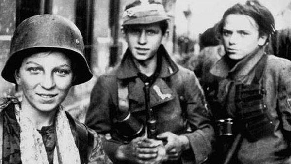 Harcerze uczestniczący w Powstaniu Warszawskim, 1944. - Sputnik Polska