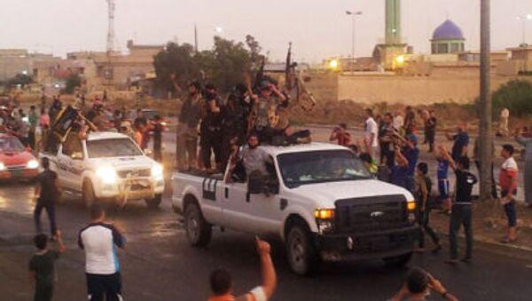 Bojownicy Państwa Islamskiego w Mosulu, Irak - Sputnik Polska