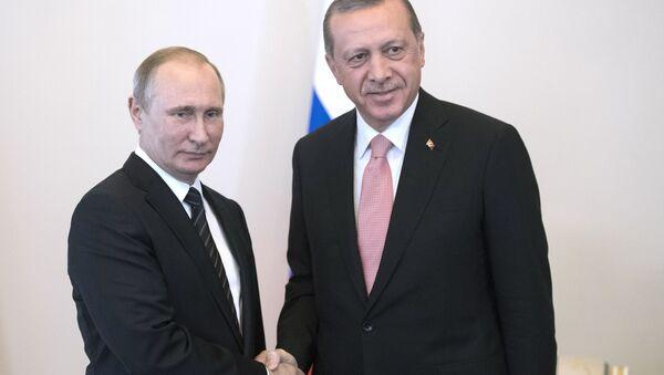 Władimir Putin i Recep Tayyip Erdogan w Petersburgu - Sputnik Polska