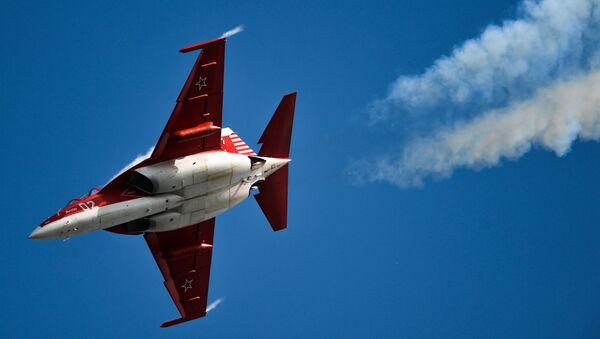 Jak-130 – rosyjski samolot szkolno-treningowy. - Sputnik Polska