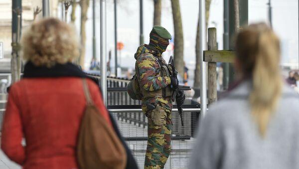 Patrol wojskowy na ulicach Brukseli - Sputnik Polska