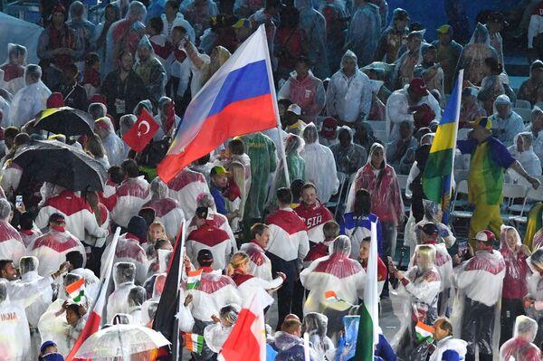 Reprezentacja Rosji podczas ceremonii zamknięcia XXXI Letnich Igrzysk Olimpijskich - Sputnik Polska
