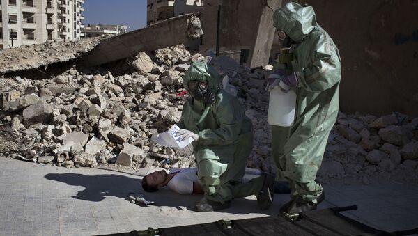 Ćwiczenia z udzielania pierwszej pomocy ofiarom ataku chemicznego, Syria - Sputnik Polska