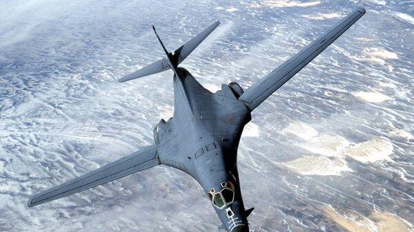 Naddźwiękowy bombowiec B-1B Lancer - Sputnik Polska
