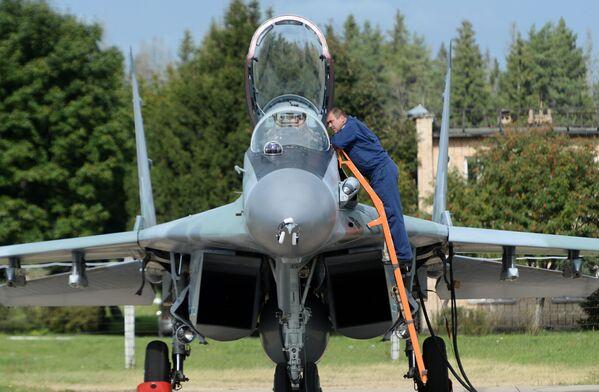 """Podczas forum """"Armia"""" okazało się, że rosyjskie myśliwce Su-35 zainteresowały Pakistan. - Sputnik Polska"""