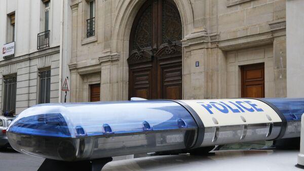 Wóz policyjny pod biurem Google w Paryżu - Sputnik Polska