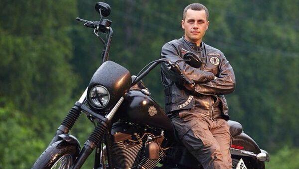 Uwielbiam podróżować. W sposób szczególny pasjonują mnie wyprawy motocyklowe. Kilkakrotnie przejechałem Rosję w samotności, ale też z rosyjskimi przyjaciółmi - Sputnik Polska