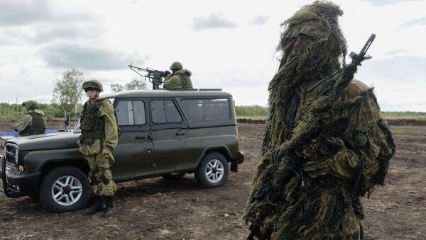 """Demonstracja sprzętu wojskowego w ramach Międzynarodowego Forum Wojenno-Technicznego """"Armia 2016"""" - Sputnik Polska"""