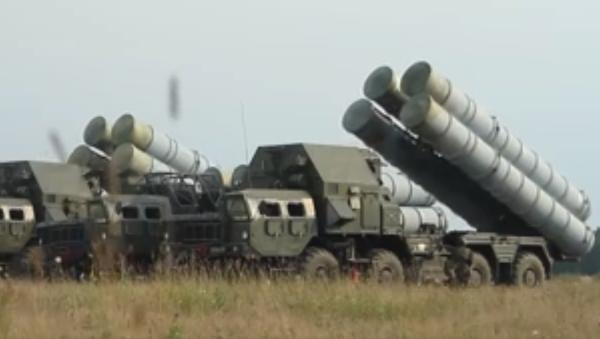 Jak funkcjonują rakietowe systemy przeciwlotnicze S-300 - Sputnik Polska